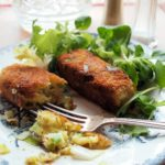 Welsh Vegetarian Sausages for a Family Supper – Glamorgan Sausages (Selsig Morgannwg)