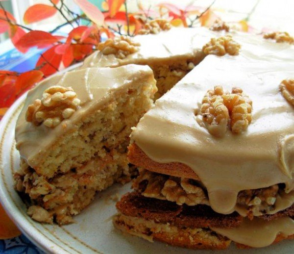 Maple Syrup Walnut Layer Cake with Fudge Frosting – The Pink Whisk ...