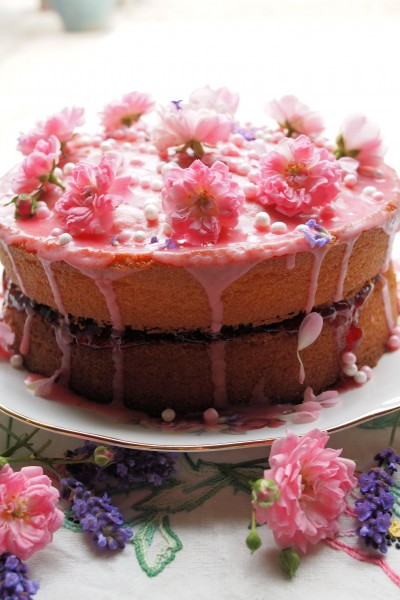 Vanilla, Strawberry & Rose Victoria Sponge Cake