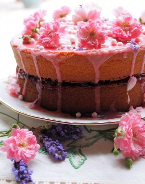 Vanilla, Strawberry & Rose Victoria Sponge Cake for a Big Birthday!