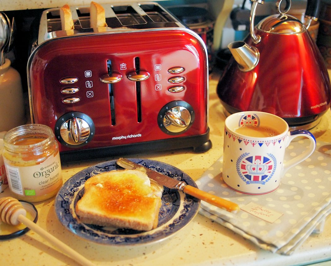 Jubilee Breakfast with Morphy Richards