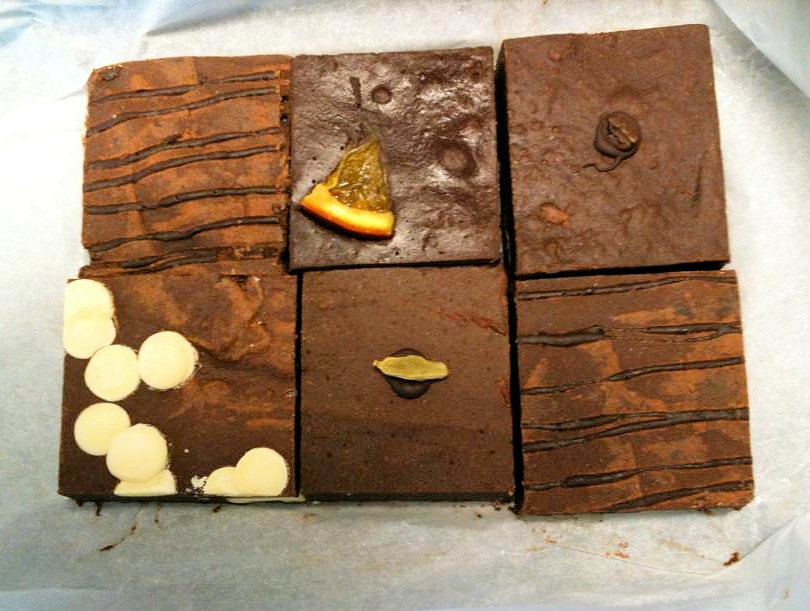 Chocolate Heaven! Bluebasil Gourmet Brownies ~ Review and Giveaway