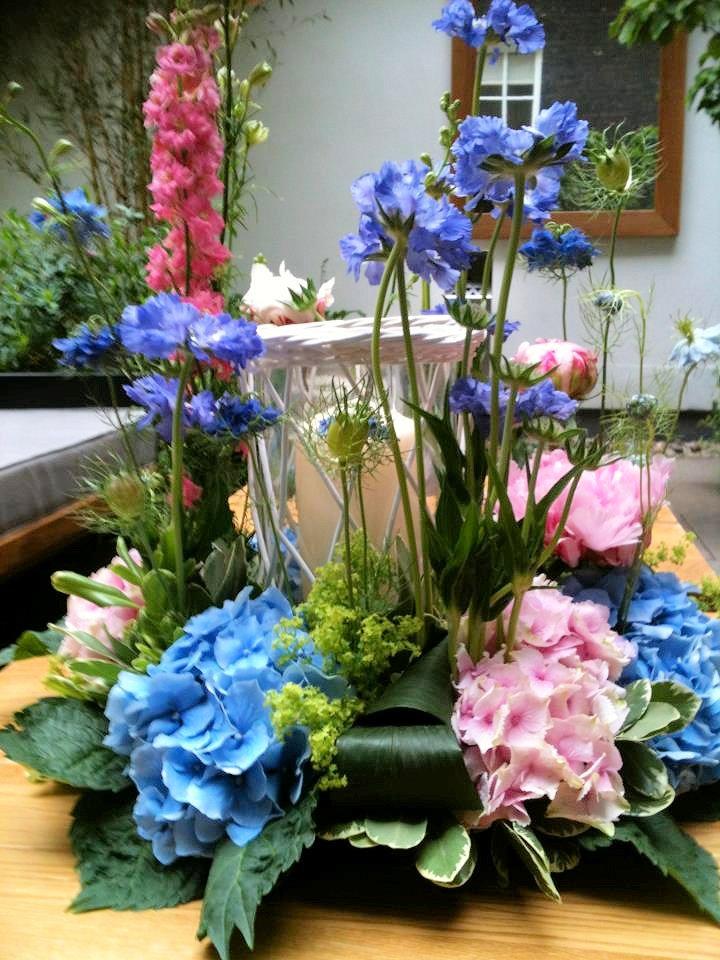 A summer garden party flower arranging evening at the for Garden arrangement