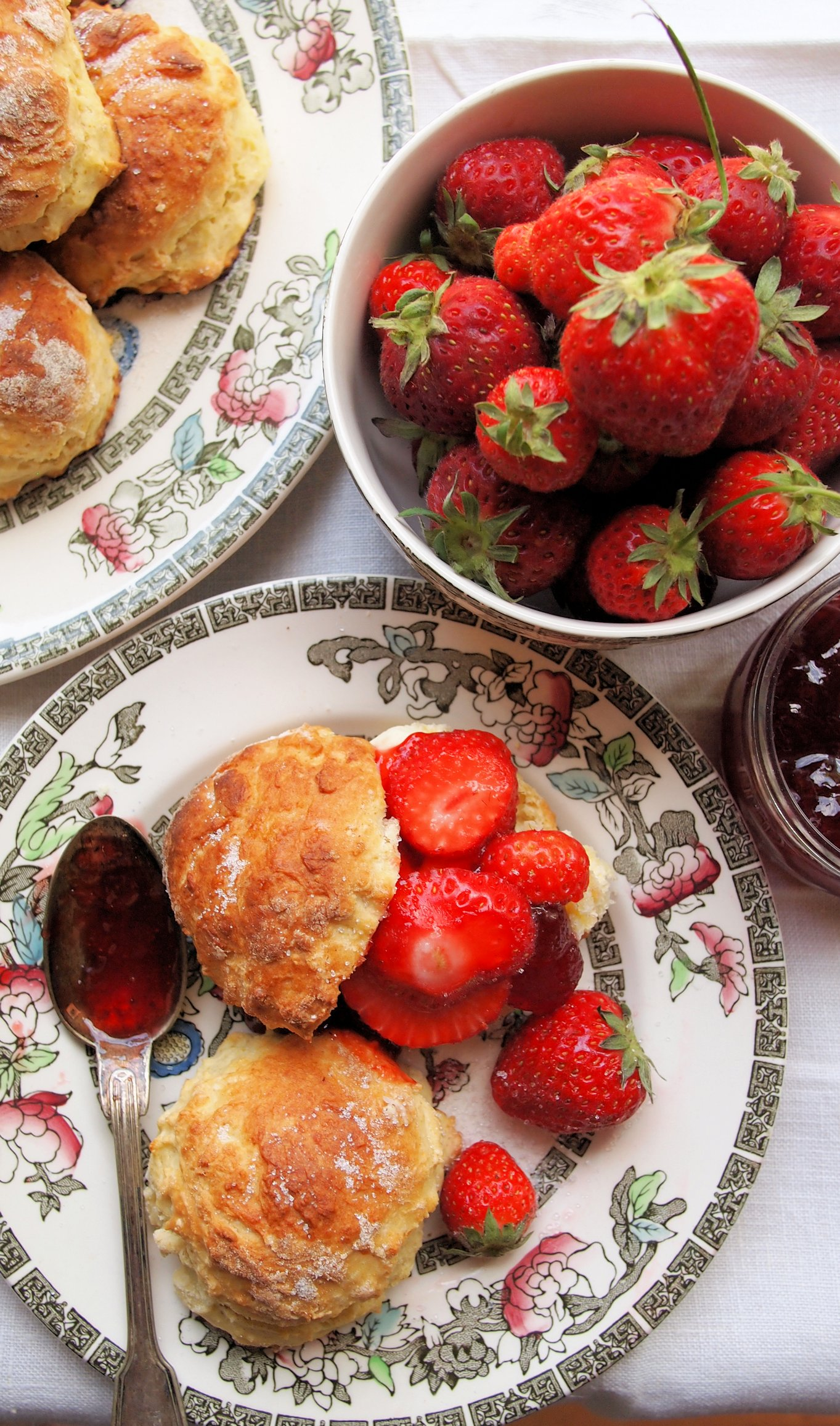 Low Calorie Vanilla Bean Scones for a Wimbledon Strawberries and Cream Tea