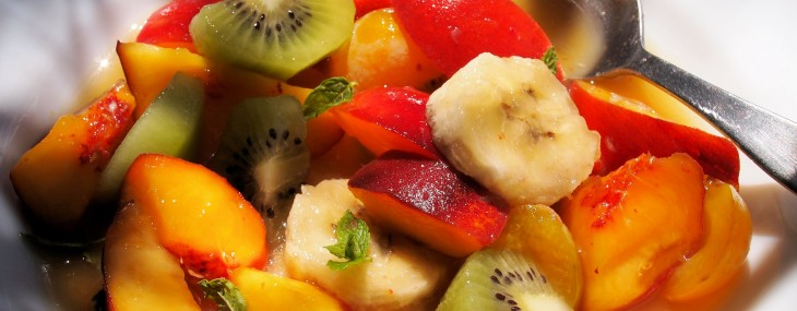 5:2 Diet, Fresh Fruit Salad Recipe, Meal Plan Ideas and Calorie Counters