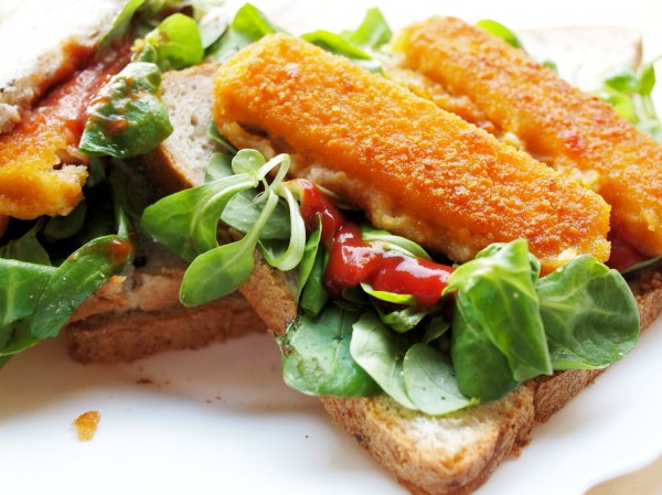 Fish on Friday: My Guilty Pleasure - Fish Finger Sandwiches for Tea