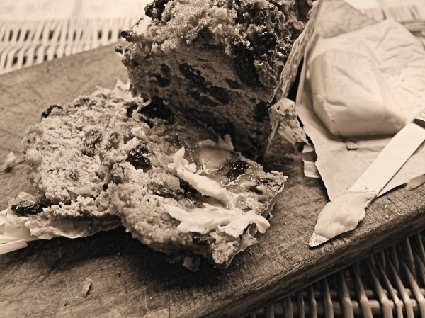 Sepia Saturday, Log Fires and Old-Fashioned Granny Loaf (Egg-Free and Fat-Free) Recipe