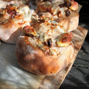 Walnut, Fig and Blue Cheese Bread Buns