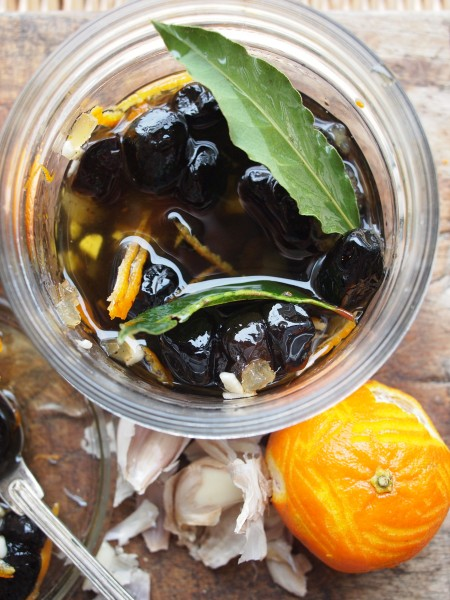 Bay, Ginger and Orange Marinade for Olives