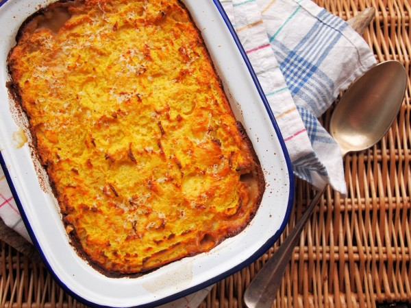 Traditional Cottage Pie with Cheesy Mash (Recipe)