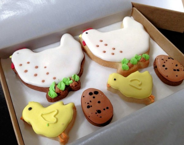 Easter Chickens! A Lovely Easter Present by Post from Honeywell Bakes (Review)