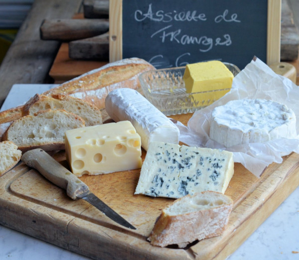 A Simple French Cheeseboard for Al Fresco and Summer Dining