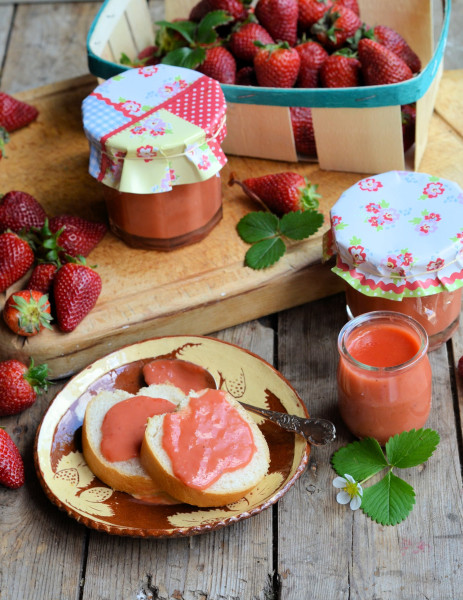 Studio Pottery, Baguette and Fresh Strawberry Curd (Recipe)