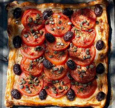 Tart with Black Olives and Capers