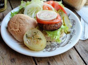 Hamburgers with Baked Onions
