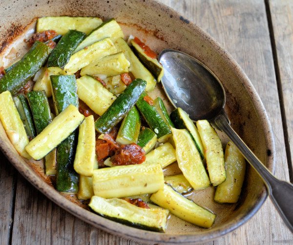 Secret Recipe Club: Sautéed Courgettes (Zucchini) with Sun-Dried Tomatoes & Basil