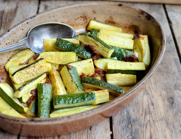 Secret Recipe Club: Sautéed Courgettes (Zucchini) with Sun-Dried Tomatoes & Basil