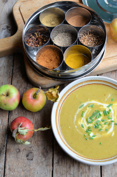 Curried Leek & Apple Soup