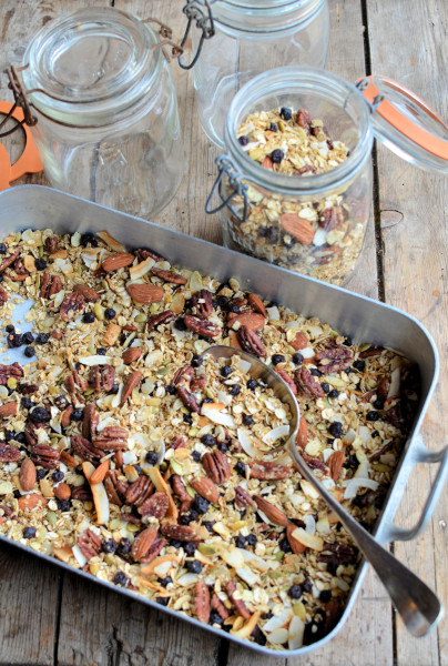 Maple, Almond & Pecan Granola with Wild Blueberries