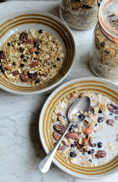 Maple, Almond & Pecan Granola with Blueberries