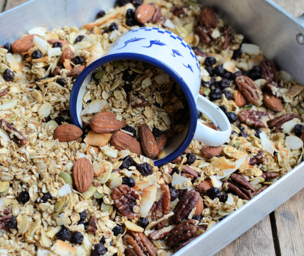 Organic UK Naturally Different and a NEW Recipe: Maple, Almond & Pecan Granola with Blueberries