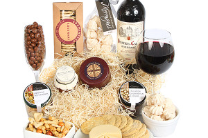 Giveaway: Win a Serenata Hamper - Bordeaux Gourmet Gift Box - RRP: £49:99