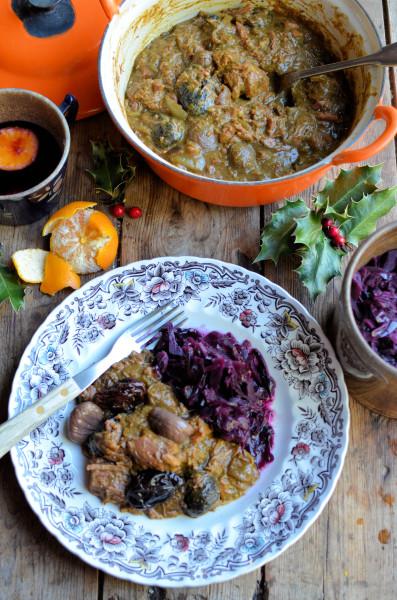 Christmas Carollers' Casserole: Elizabethan Spiced Beef Stew