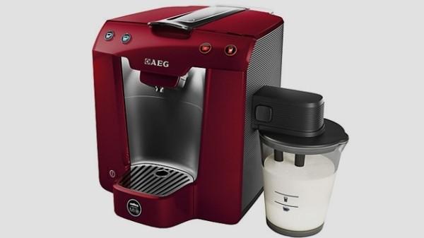 Giveaway: Win A Lavazza A Modo Mio Favola U0026 Milk Coffee Machine By AEG (