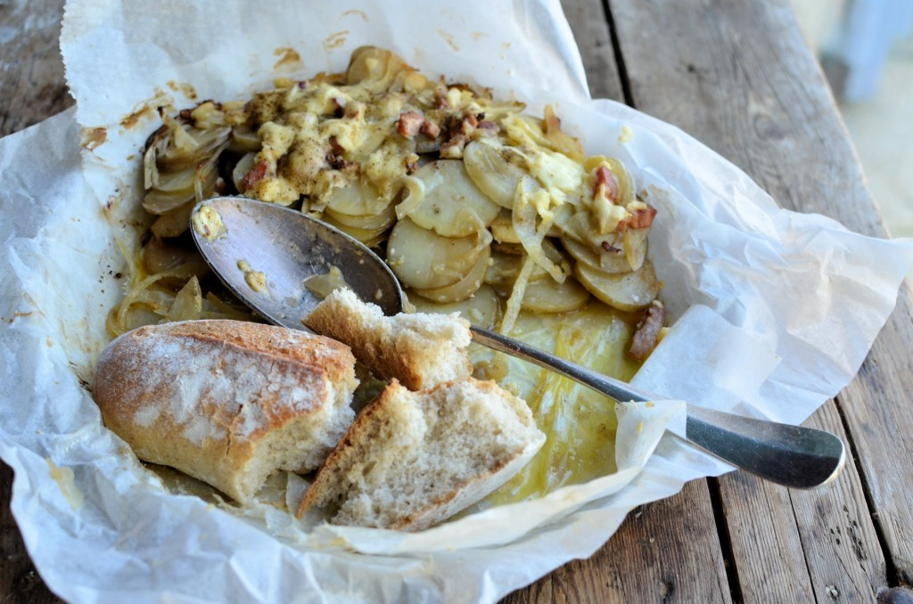 Dublin Coddle and Spuds! BBQ style Irish Slow Cooked Cheese and Bacon Potatoes in Paper