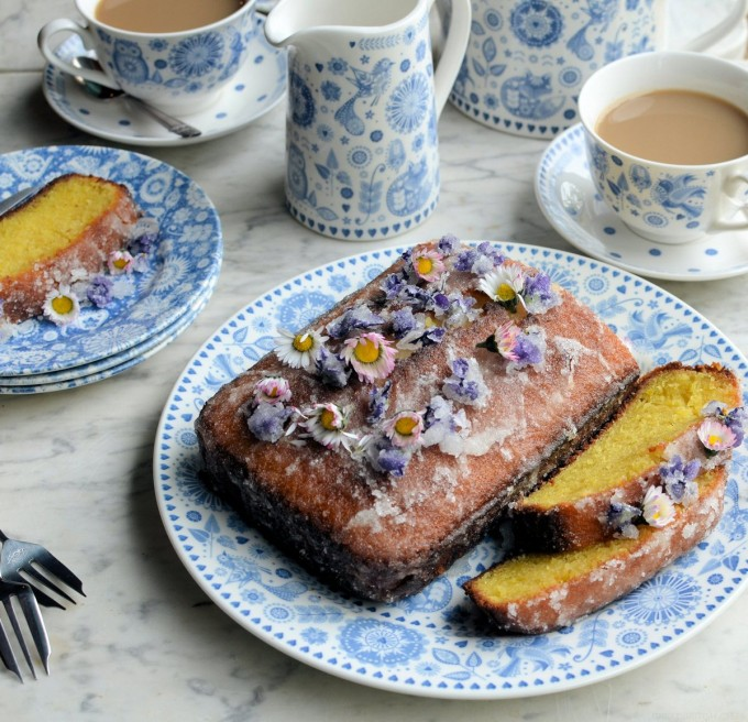 Lemon Drizzle Cake with Edible Flowers