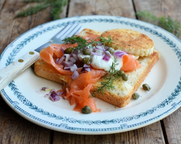 "Saturday Breakfast and Brunch Memories: Smoked Salmon ""Egg in a Basket"" (Egg in a Hole)"