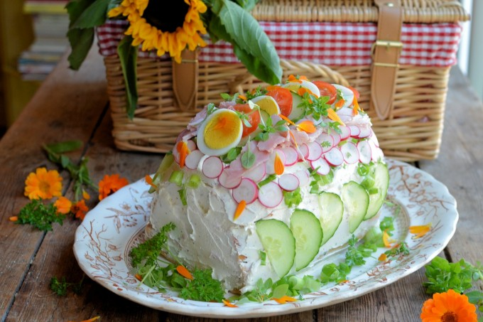 Smorgastarta - Swedish Sandwich Cake