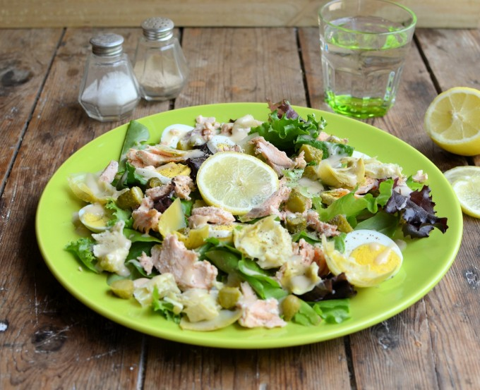 5: 2 Diet Low Calorie Artichoke, Egg and Salmon Salad