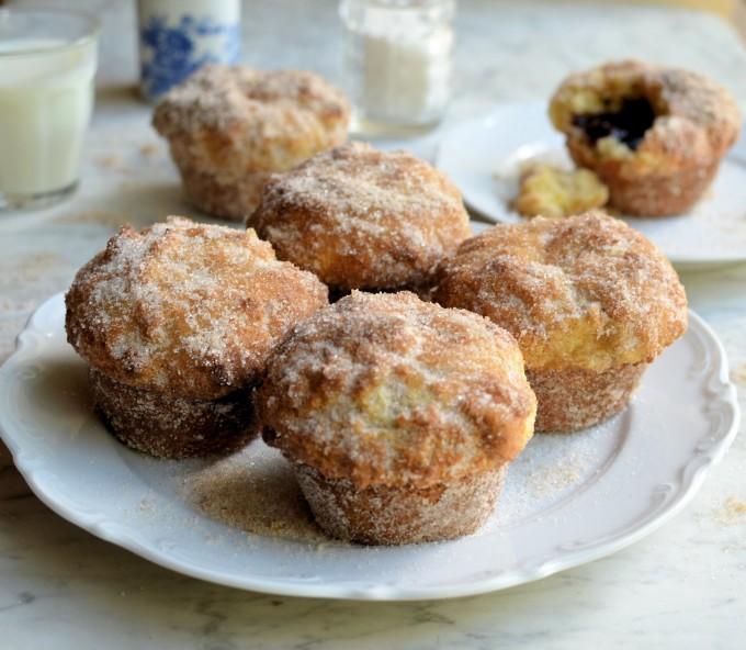 http://www.taste.com.au/recipes/6541/jam+doughnut+muffins