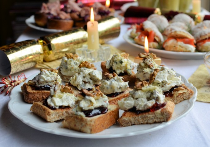 Thrifty organic december it 39 s party time a fabulous for Canape recipes with ingredients and procedure