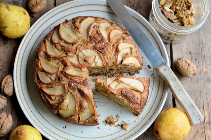 Pear, Walnut and Brown Sugar Cake