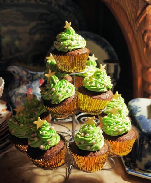 Chocolate Christmas Tree Cakes