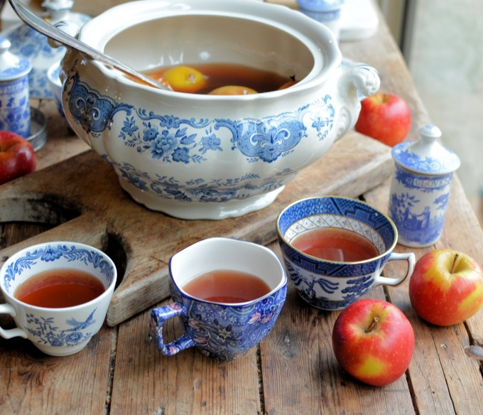 Twelfth Night, Apples And Wassailing: A Traditional