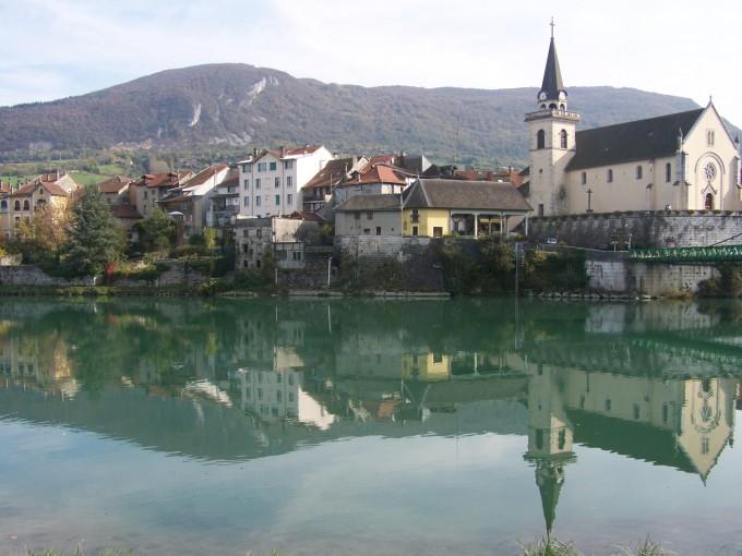 Seyssel River Haute Savoie