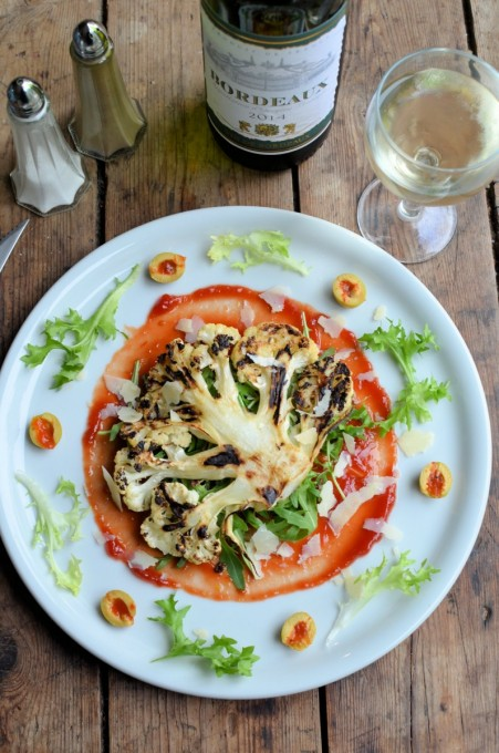 5:2 Diet Recipe: Cauliflower Steaks with Grana Padano Cheese, Olives and Rocket Leaves
