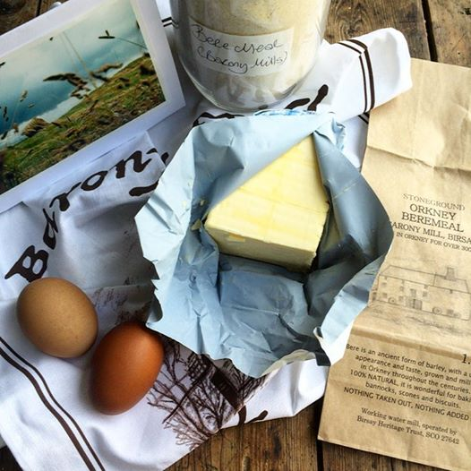 Food writer and blogger Karen Burns-Booth living in France. I sent her the limited edition linen Barony Mill teatowel and new packaging to help with the food styling. I think she has done a great job And I look forward to the new recipes she is working on with the Beremeal.