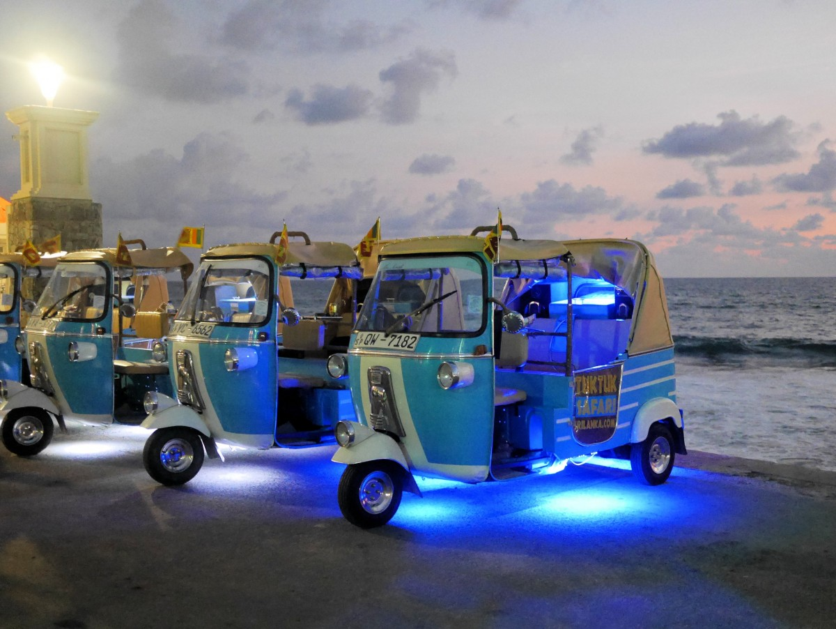 Sleepless In Colombo Tuk Tuks And Temples With Tea