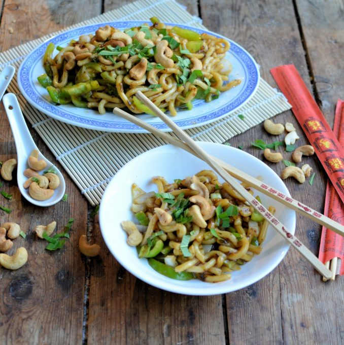 sesame-cashew-noodles-for-meat-free-monday