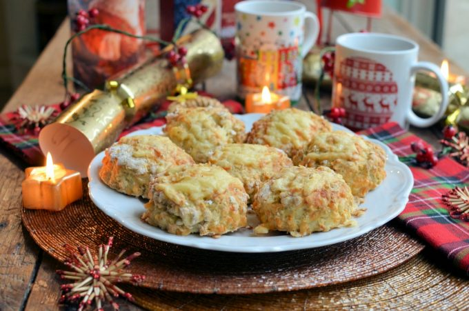 """Cheese and Oat Scones"""