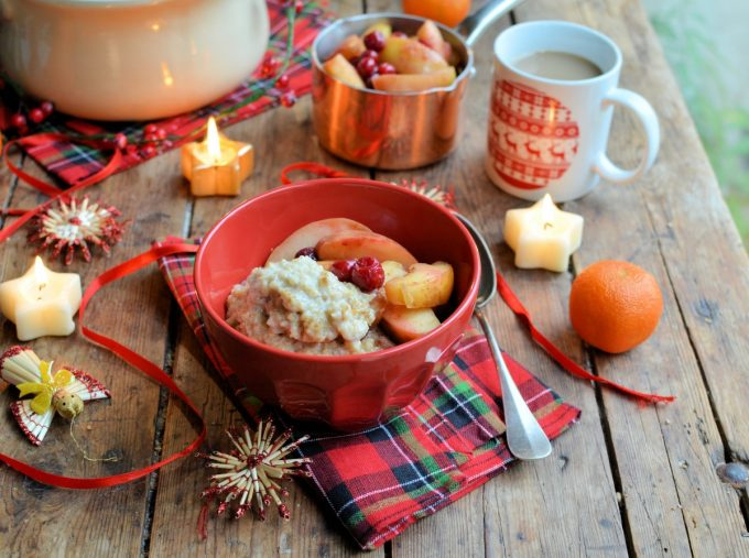 """Festive overnight cooked oatmeal with spiced poached fruits"""