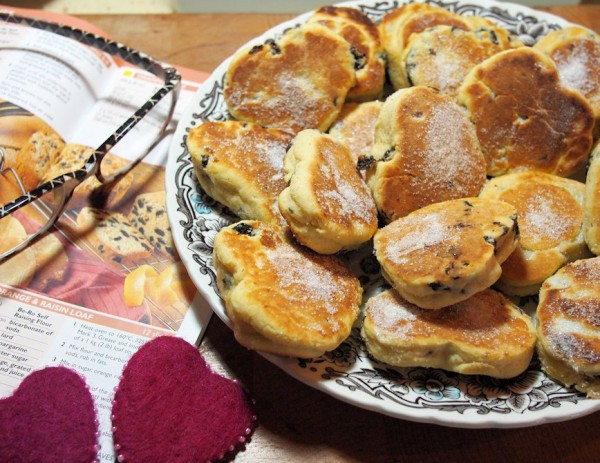 how to cook welsh cakes without a griddle