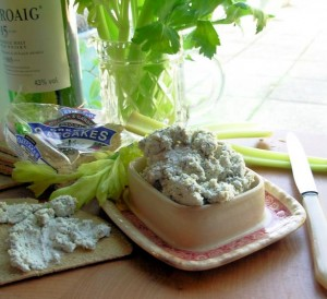 Auld Alliance: Potted Blue Cheese & Scotch Whisky