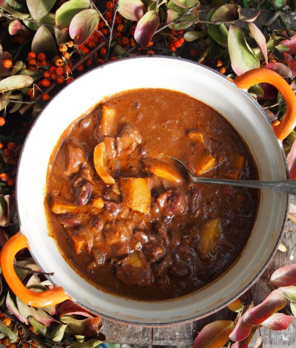 Bonfire Chilli with Beef, Chocolate and Pumpkin