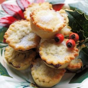 Brilliant British Bakeware: Chicken & Leek Patchwork Pie, Mince Pies and Mincemeat Recipes