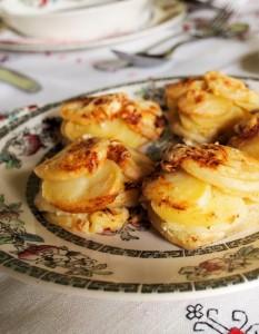 Mini Potato Dauphinoise Muffins